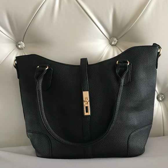 519f64ac69 🖤NWT😍1 ONLY BLACK AND GOLD HANDBAG PLUS MINI SET